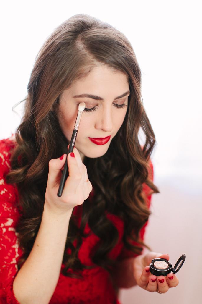 mac-eyeshadow-brush