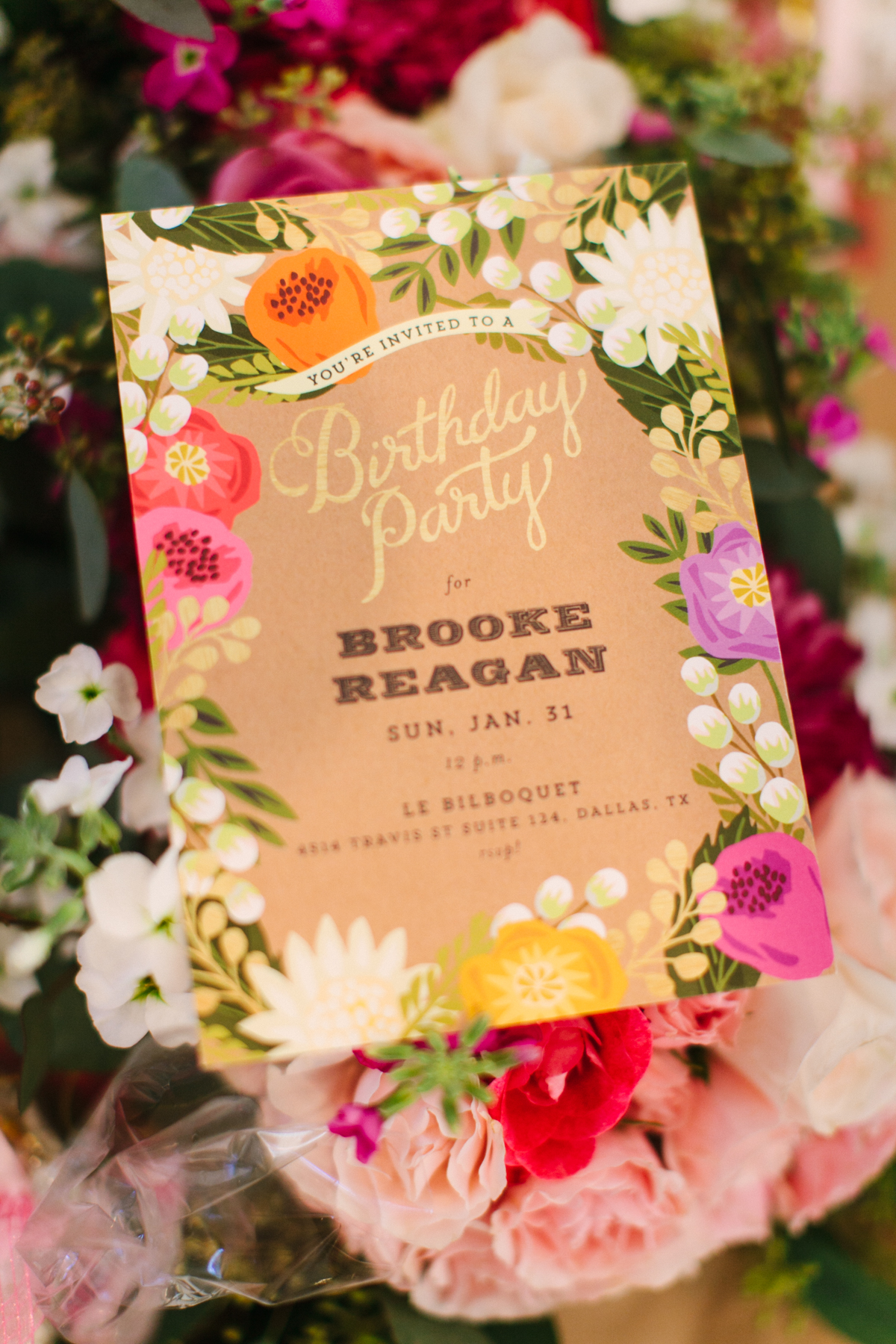 minted-floral-canopy-party-invitations