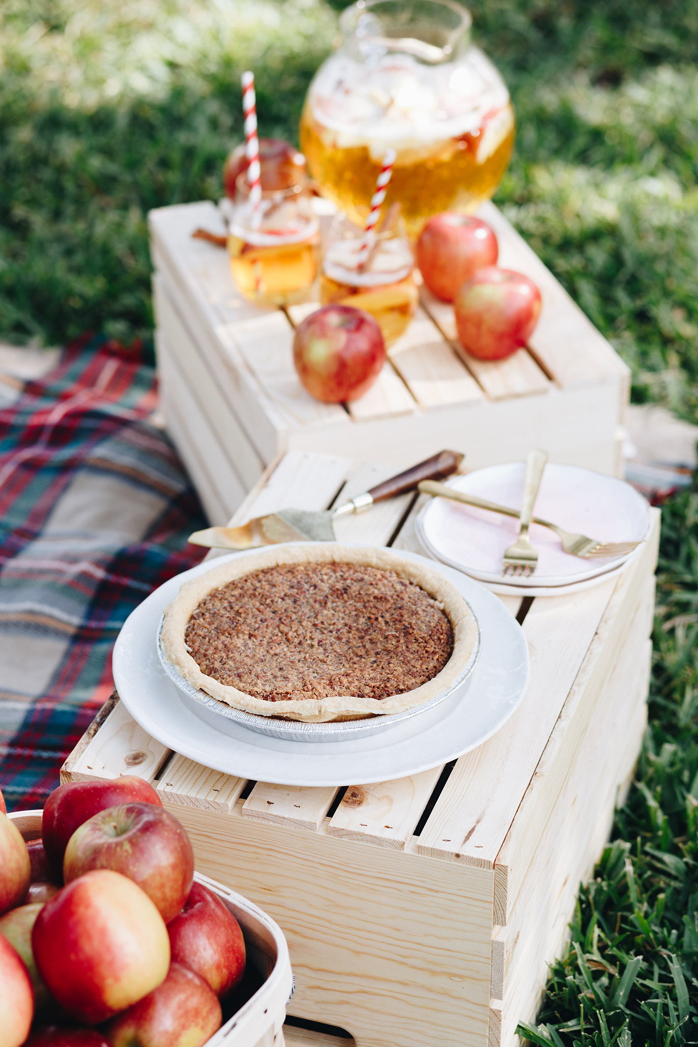 Celebrity Cafe and Bakery fall picnic