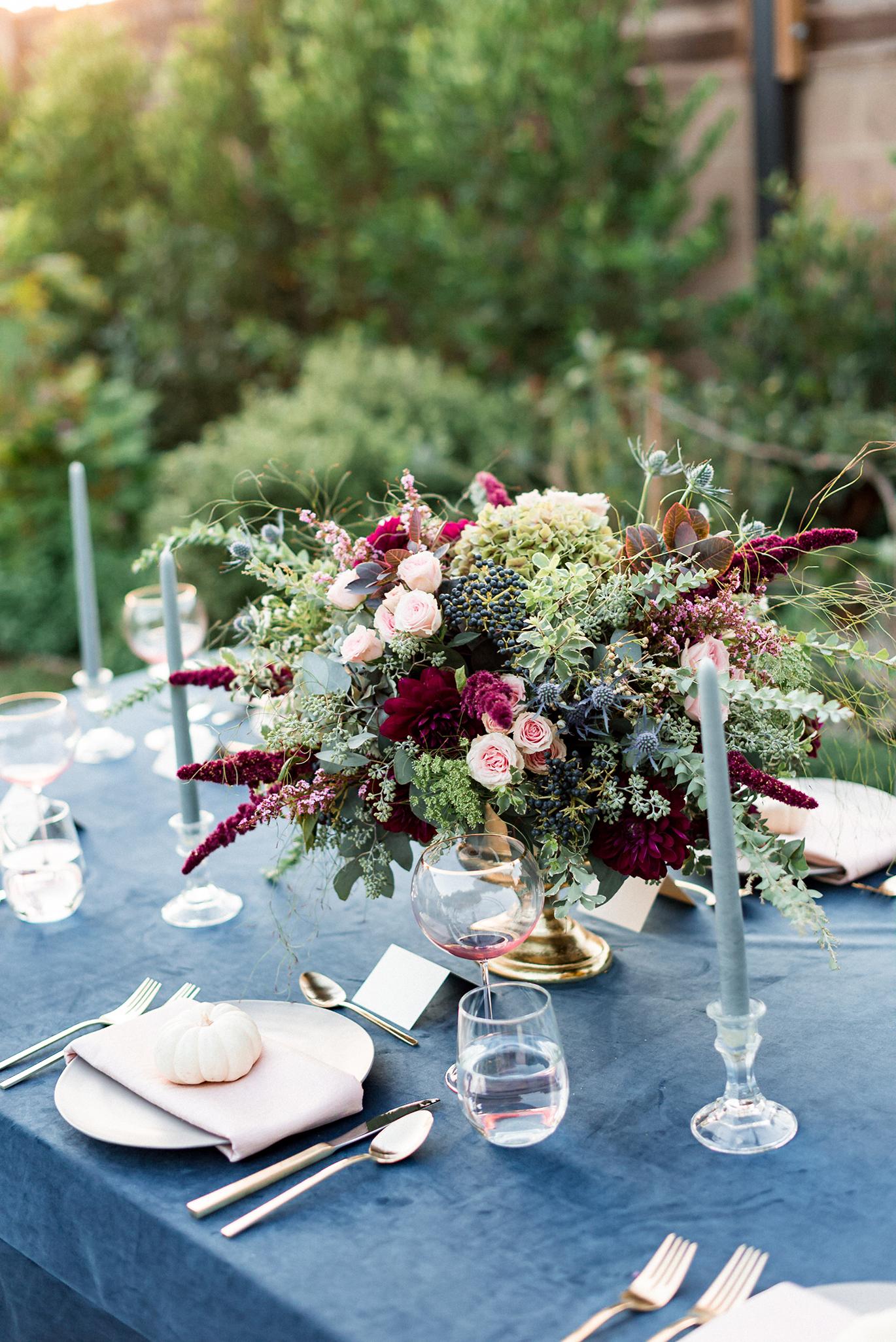 Fall wedding floral arrangement